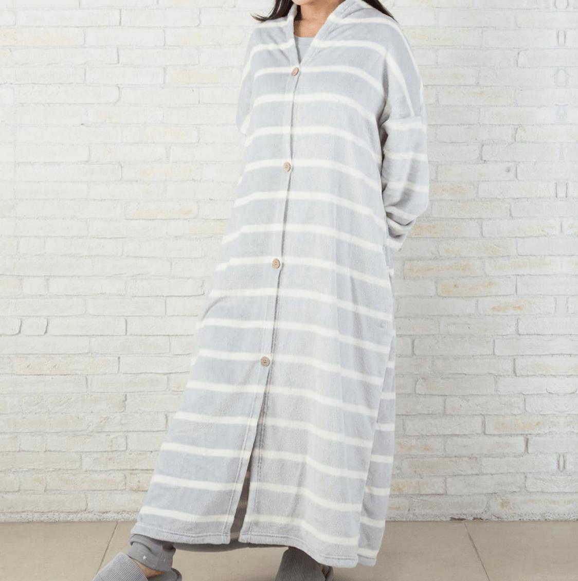 ニトリ 着る 毛布 冬は手放せない!「着る毛布」おすすめ4選|ニトリなど4製品の暖かさ...